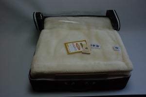 ウールパイル毛布(生成り)